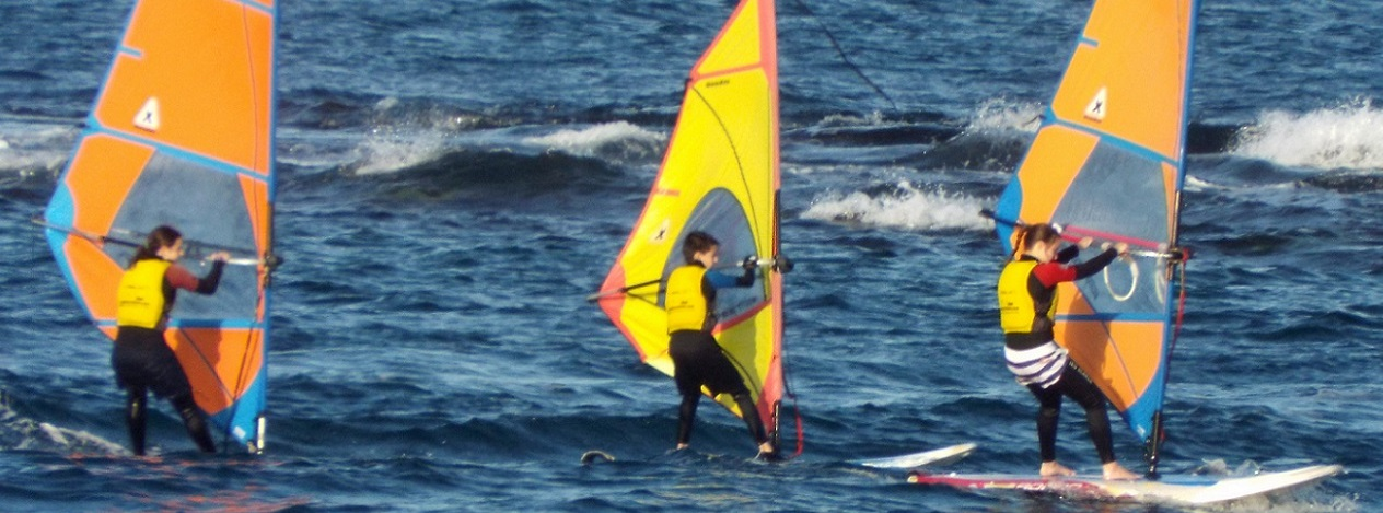 WINDSURF  I W. REGATES